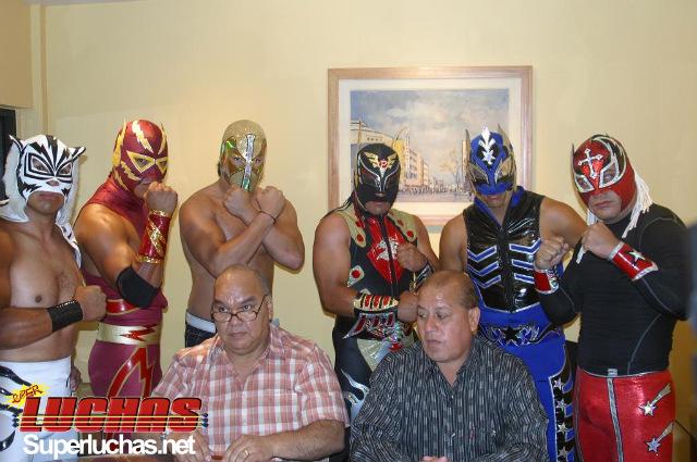 Tigre Blanco, Flash, Angel de Oro, Rey Cometa, Pegasso, Astroboy / Photo Cortesía CMLL