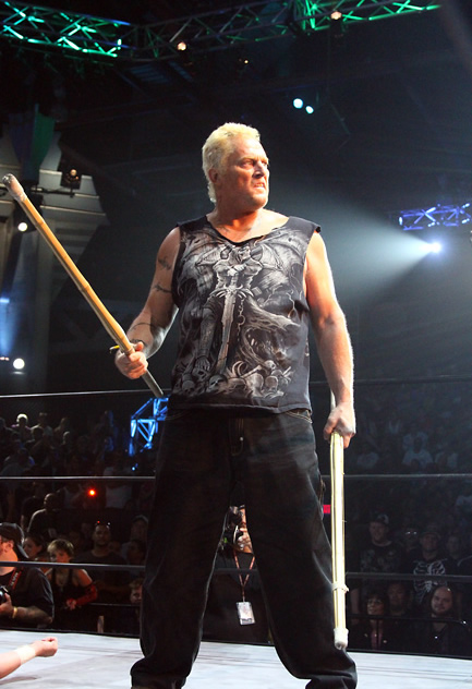 """TNA continuará empujando el concepto """"ECW"""" Sandman"""