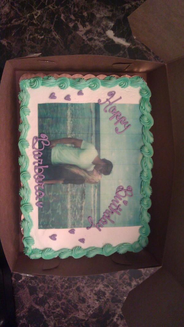 Pastel  especial en el cumpleaños de Barbara Blank (Kelly Kelly)