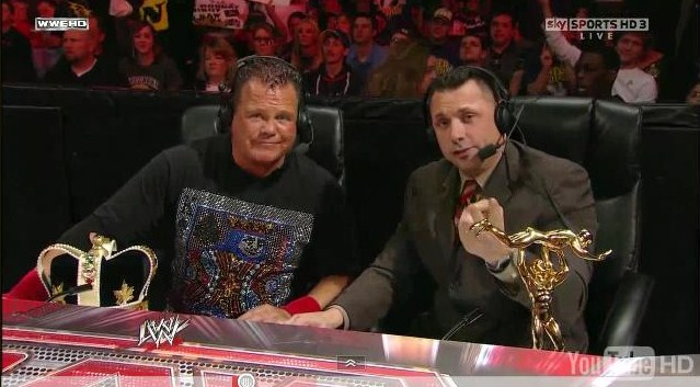 """Jerry """"The King"""" Lawler y Michael Cole (RAW 2011)"""