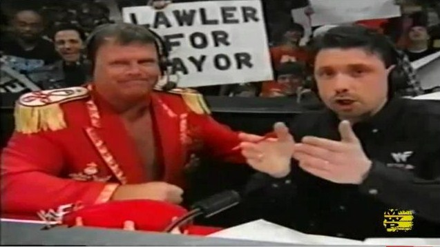 TPA #1: ¡LET THE MEMORIES BEGIN! - Página 4 Jerry-the-king-lawler-y-michael-cole-domingo-14-de-febrero-de-1999-en-el-ppv-wwe-saint-valentine_s-day-massacre
