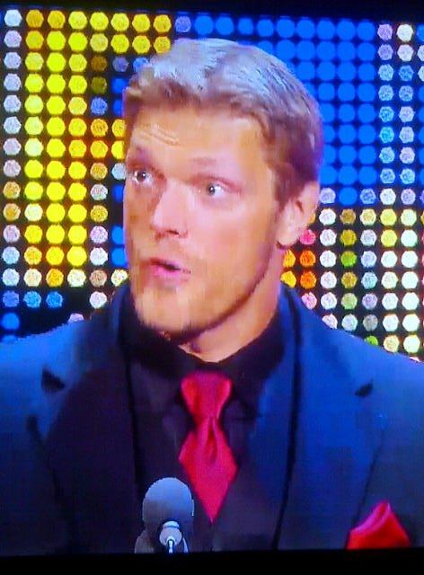 Edge da su discurso en el WWE Hall of Fame Class 2012 (31/3/12) / Facebook.com/WWE