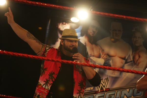 Husky Harris como Levi Wyatt en Florida Championship Wrestling / WZROnline.com