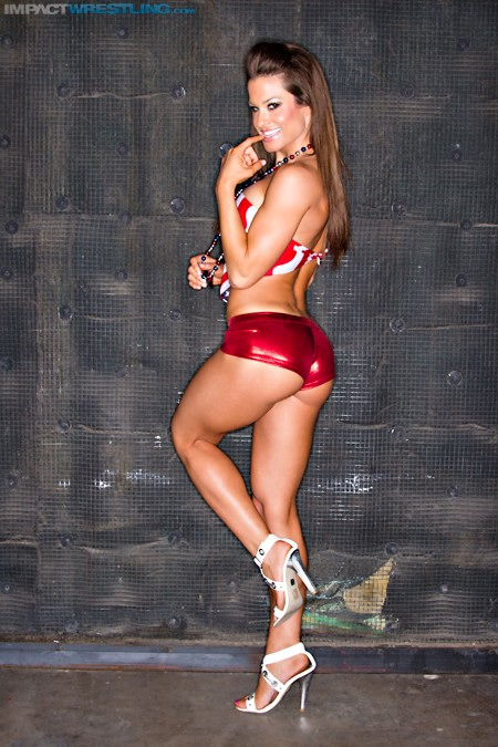 Brooke Adams / @BrookeIMPACT