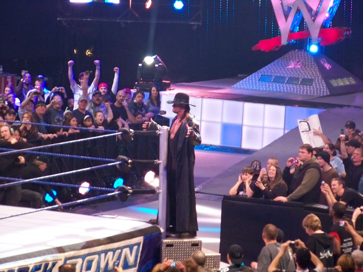 The Undertaker entrando al ring (17/2/2009) / Photo by: zevhonith - Flickr.com