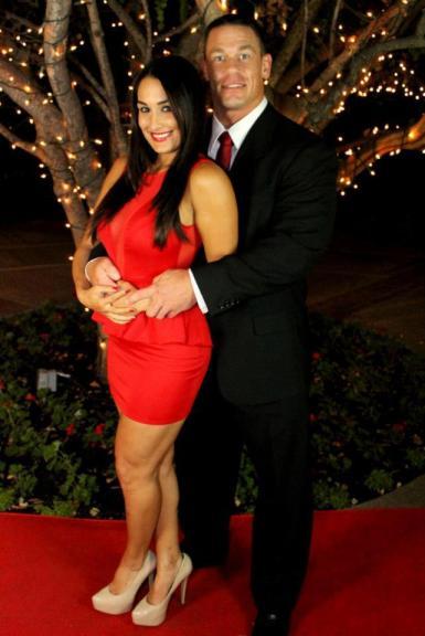 Nikki Bella (Nicole García) y John Cena (23/11/2012)