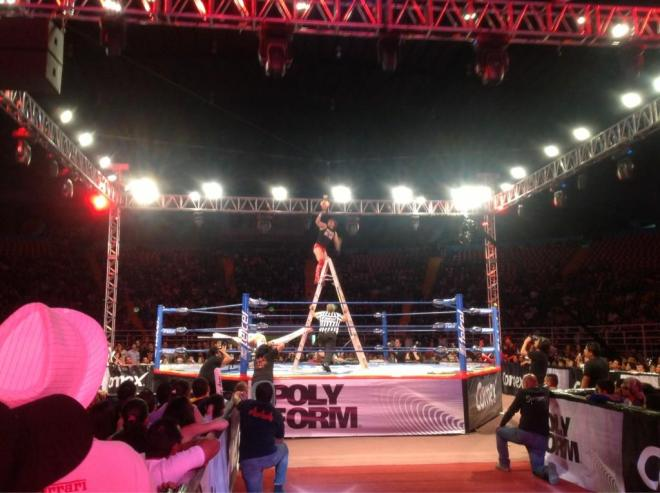 "Daga, nuevo Campeón Crucero AAA / AAA Guerra de Titanes 2012 - Auditorio ""Benito Juárez"" de Zapopan, Jal. - 2 de dic. de 2012 / Imagen by @Lucha_Libre_AAA en Twitter"