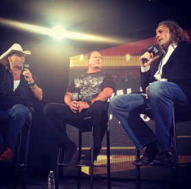 Shawn Michaels y Bret Hart hablan con Jerry Lawler sobre The Montreal Screwjob (Royal Rumble 2013 Fan Fest - 26/1/13)
