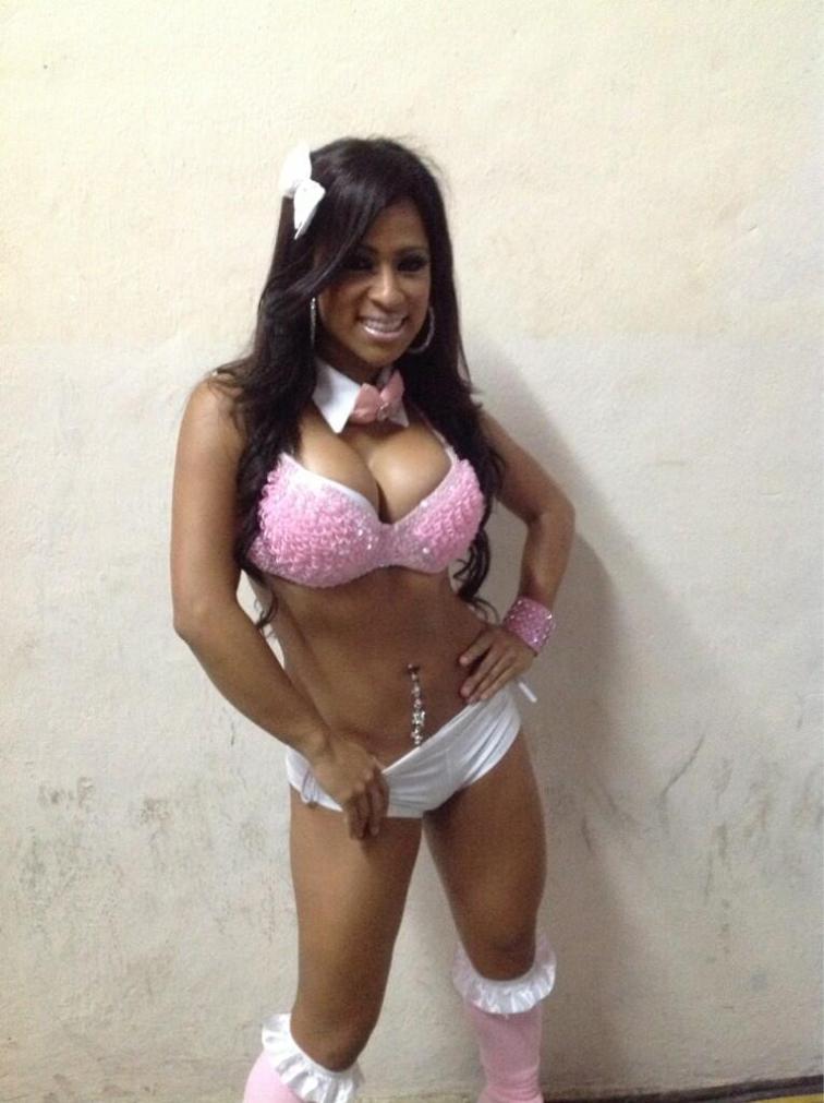 La Reina del Ring AAA, Bere, presente en AAA Evolución / Plaza de Toros de Chilpancingo, Gro. - 27 de abril de 2013 / Photo by @Lucha_Libre_AAA en Twitter