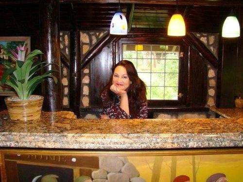 Sandra Toffolini, hermana menor de Nancy Benoit (q. e. p. d.) / Twitter.com/butisitfunny